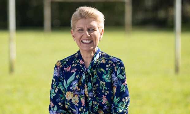 Debbie Hewitt to become FA's first chairwoman in its 157-year history
